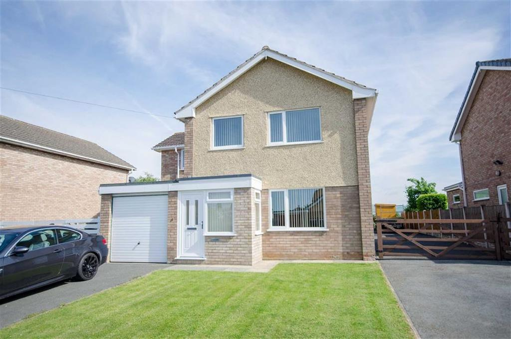 4 Bedrooms Detached House for sale in Trem Menlli, Ruthin, Ruthin