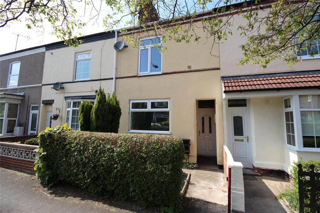 3 Bedrooms Terraced House for sale in Newbury Avenue, Great Coates, DN37