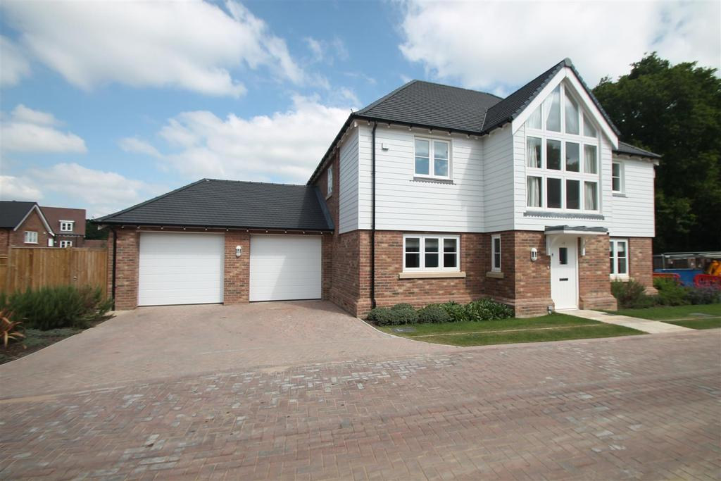 5 Bedrooms Detached House for sale in Eyhorne Street, Hollingbourne, Maidstone