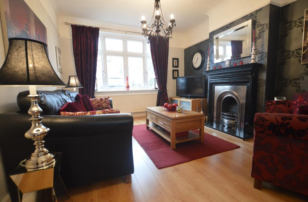3 Bedrooms End Of Terrace House for sale in Selworthy Road Catford SE6