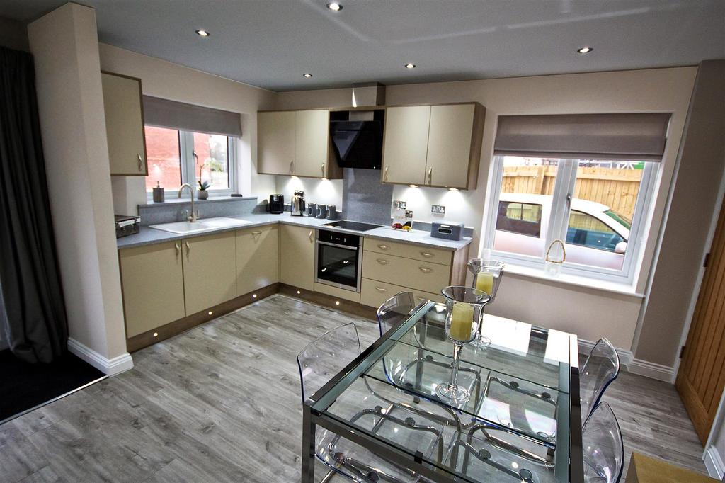 4 Bedrooms End Of Terrace House for sale in Figham Gate, Beverley, East Riding of Yorkshire, HU17