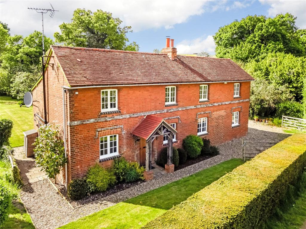 4 Bedrooms Detached House for sale in Gravel Hill, Caversham, Reading, RG4