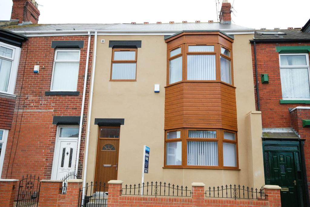 4 Bedrooms Terraced House for sale in Bede Street, Roker