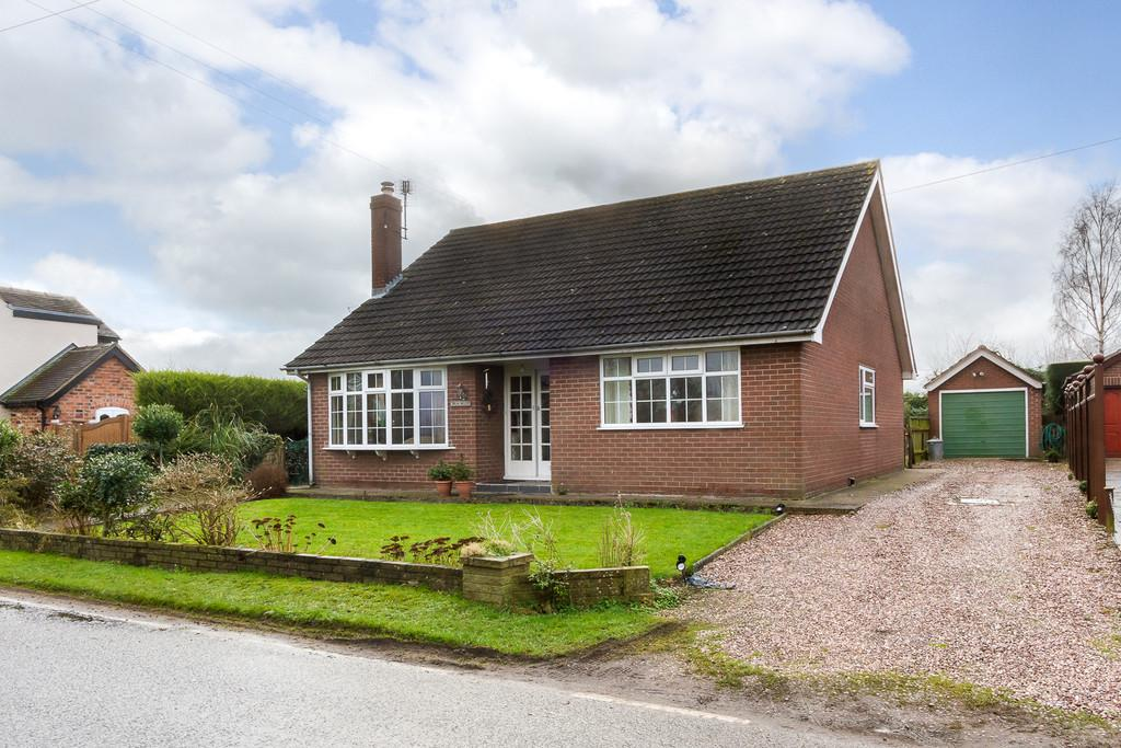 3 Bedrooms Detached Bungalow for sale in Hankelow, Cheshire