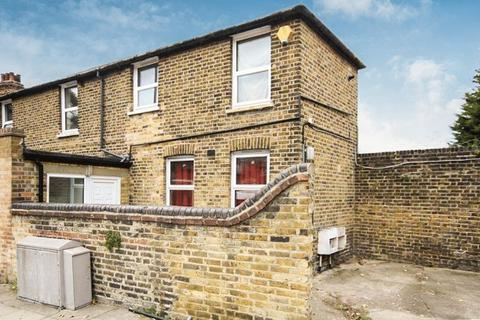 5 bedroom semi-detached house to rent - Dunvegan Road, Eltham SE9