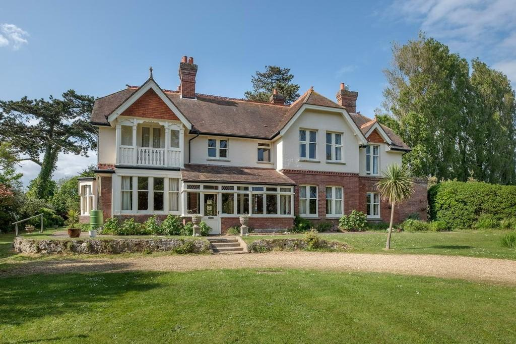 7 Bedrooms Detached House for sale in Freshwater, Isle of Wight