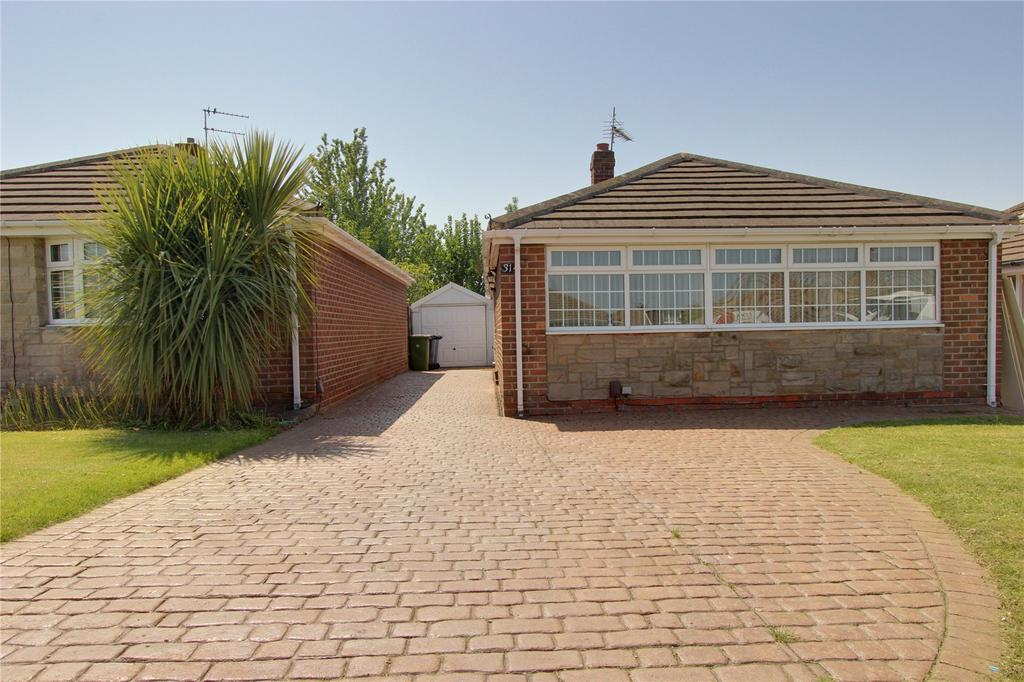 3 Bedrooms Detached Bungalow for sale in Westminster Close, Eston