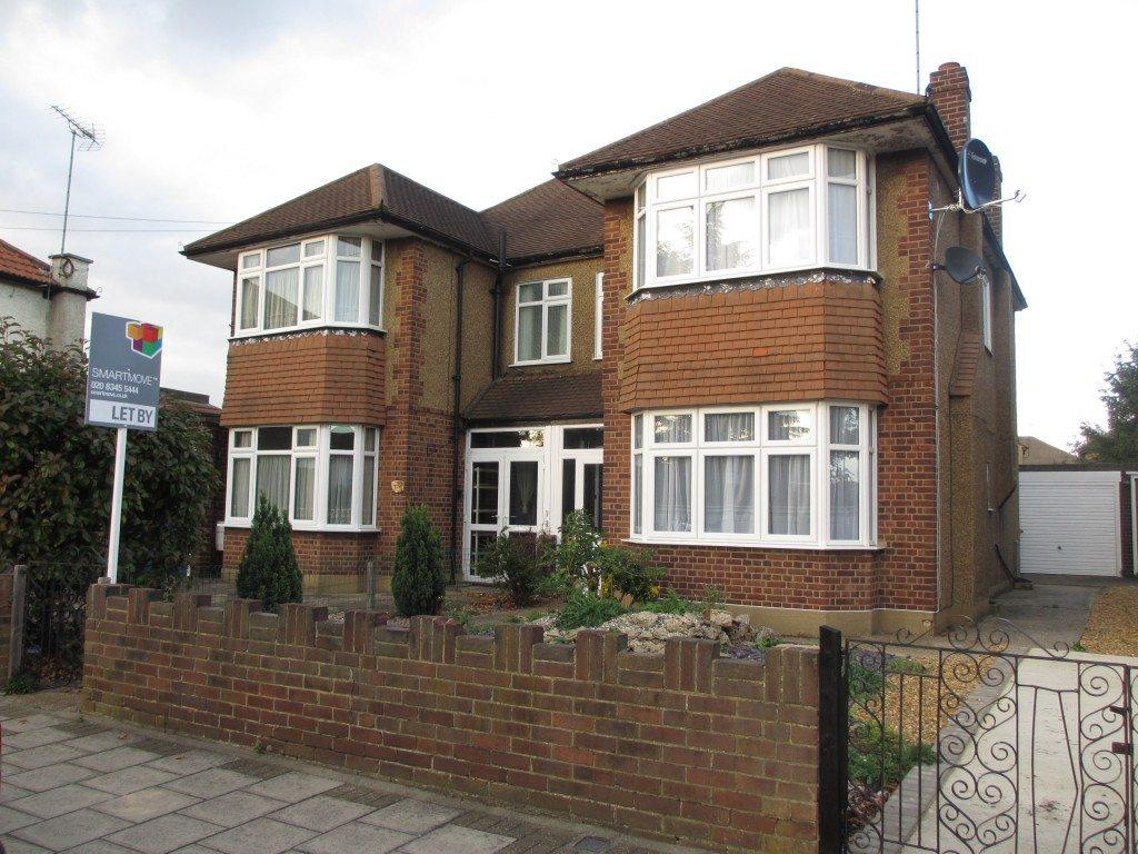 4 Bedrooms Semi Detached House for rent in Bullsmoor Lane, Enfield, EN3