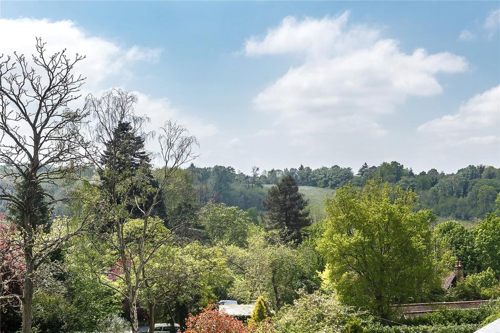6 Bedrooms Detached House for sale in Chess Hill, Loudwater, Rickmansworth, Hertfordshire, WD3