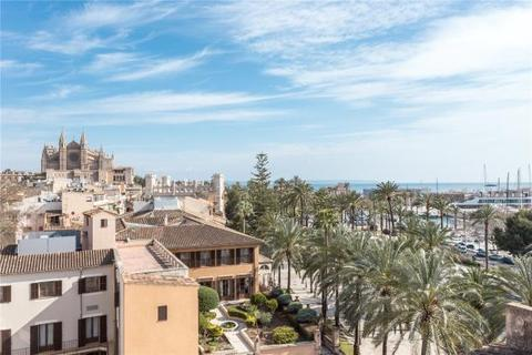 7 bedroom apartment  - Great Investment In Frontline Palma, Palma de Mallorca, Mallorca