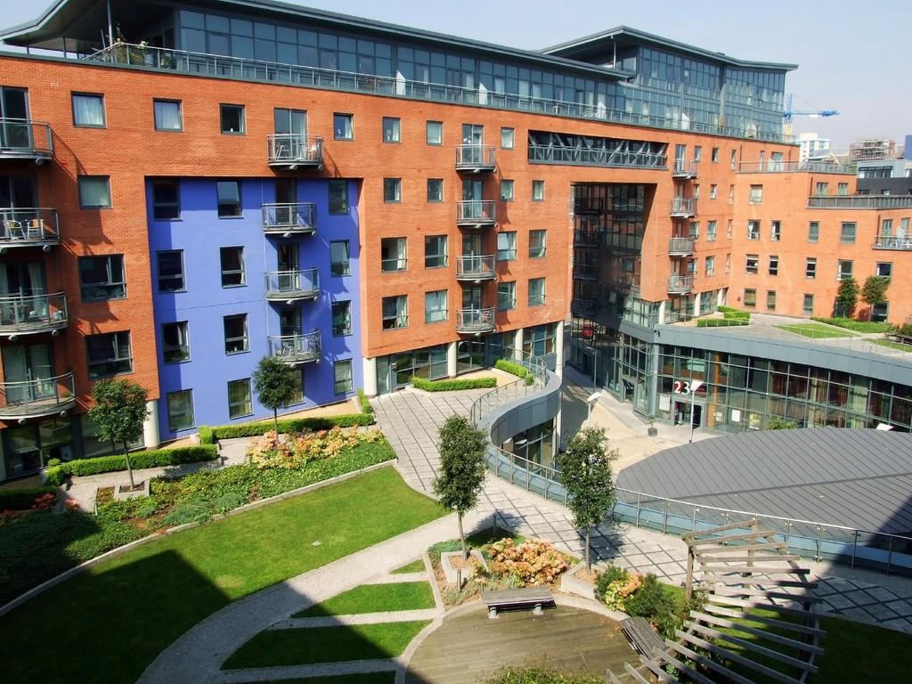 1 Bedroom Apartment Flat for sale in West One Aspect, Devonshire Quarter