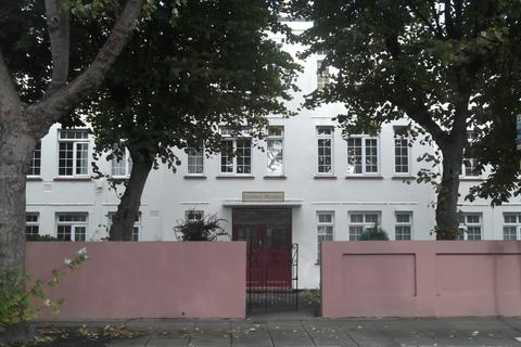 3 bedroom apartment to rent - Campbell Road, Southsea