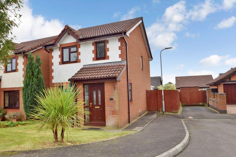 2 Bedrooms Detached House for sale in Tegfan Court, Henllys, Cwmbran