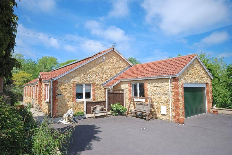 3 Bedrooms Detached Bungalow for sale in BRUTON