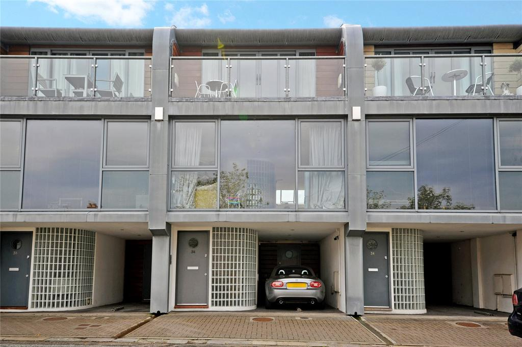 2 Bedrooms Terraced House for sale in Coronation Terrace, Penarth, South Glamorgan, CF64