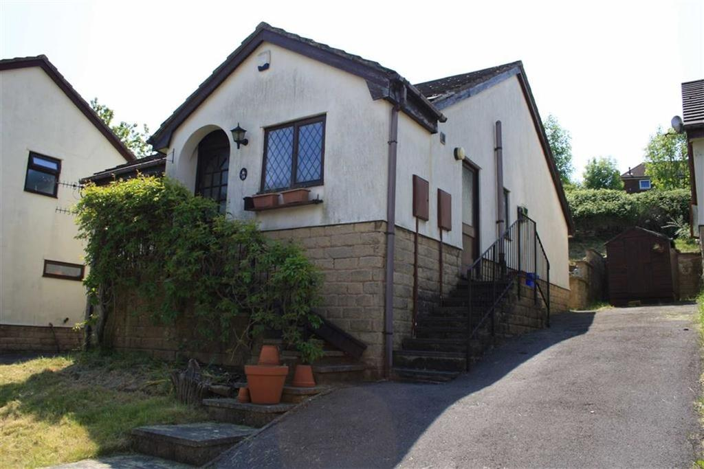 3 Bedrooms Detached House for sale in Paterson Gardens, Stocksbridge, Sheffield, S36
