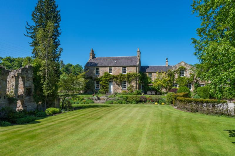 5 Bedrooms Equestrian Facility Character Property for sale in Elginhaugh, Dalkeith, Midlothian