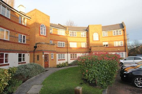 2 bedroom flat to rent - Enfield Island Village, EN3