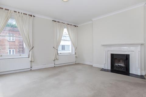 2 bedroom flat to rent - Heath Street, London Nw3