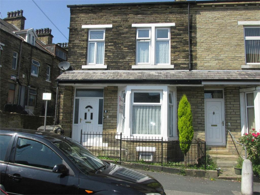 4 Bedrooms End Of Terrace House for sale in Lynthorne Road, Frizinghall, Bradford, West Yorkshire, England