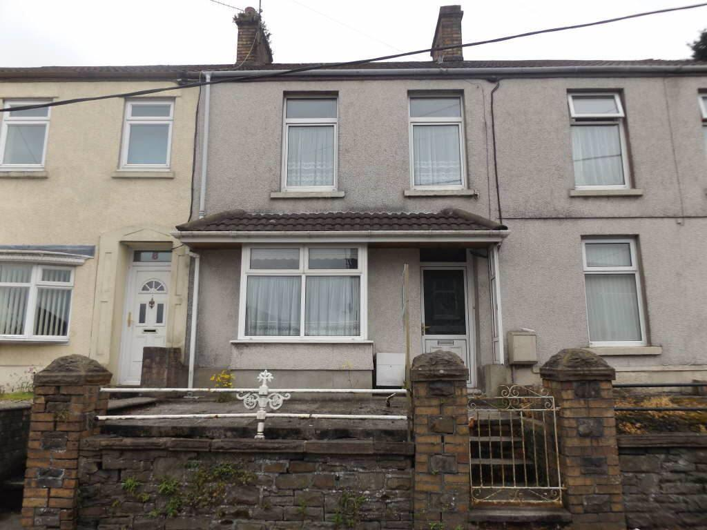 2 Bedrooms Terraced House for sale in Bank Road, Llangennech, Carms