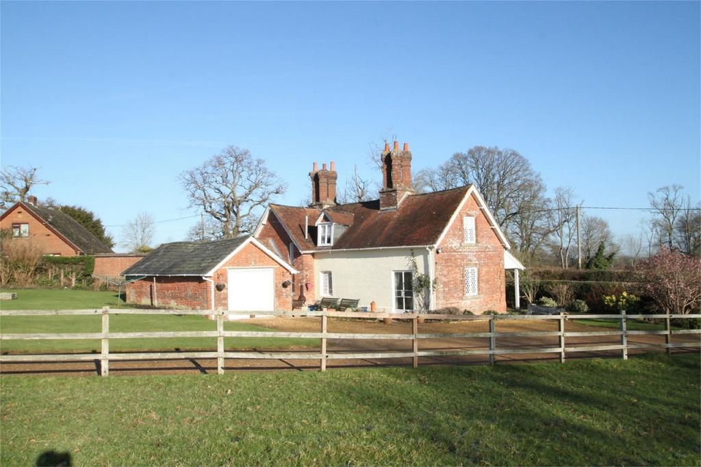 3 Bedrooms Detached House for sale in Bramshaw, LYNDHURST, Hampshire