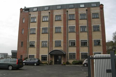 2 bedroom apartment to rent - H T P Apartments, Malpas Road, Truro, TR1