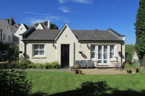 2 bedroom semi-detached bungalow to rent - Manor Road, Bexley