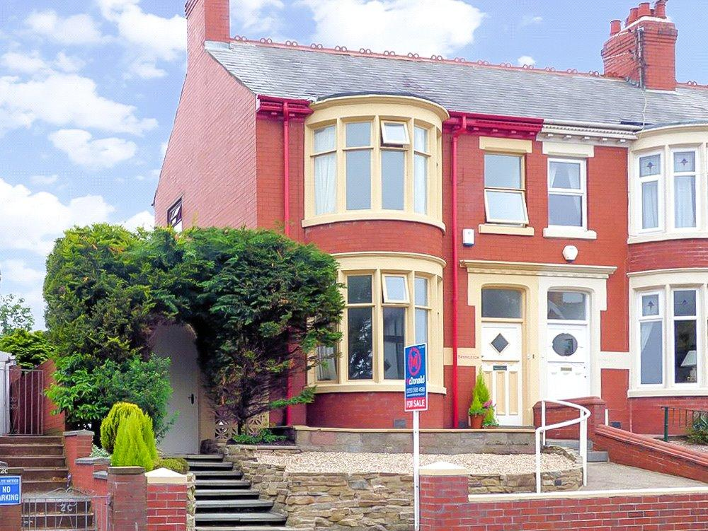 3 Bedrooms Link Detached House for sale in Cumberland Avenue, Blackpool, Lancashire