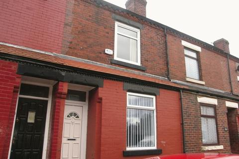 2 bedroom terraced house to rent - Lowton Avenue, Moston . Manchester, M9 4LH
