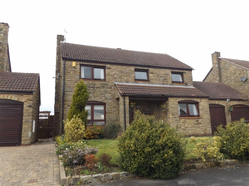 4 Bedrooms Detached House for sale in Huntsmans Way, Badsworth, WF9