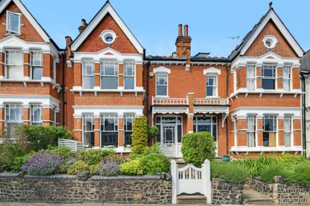 5 Bedrooms Terraced House for sale in Curzon Road, Muswell Hill, London, N10