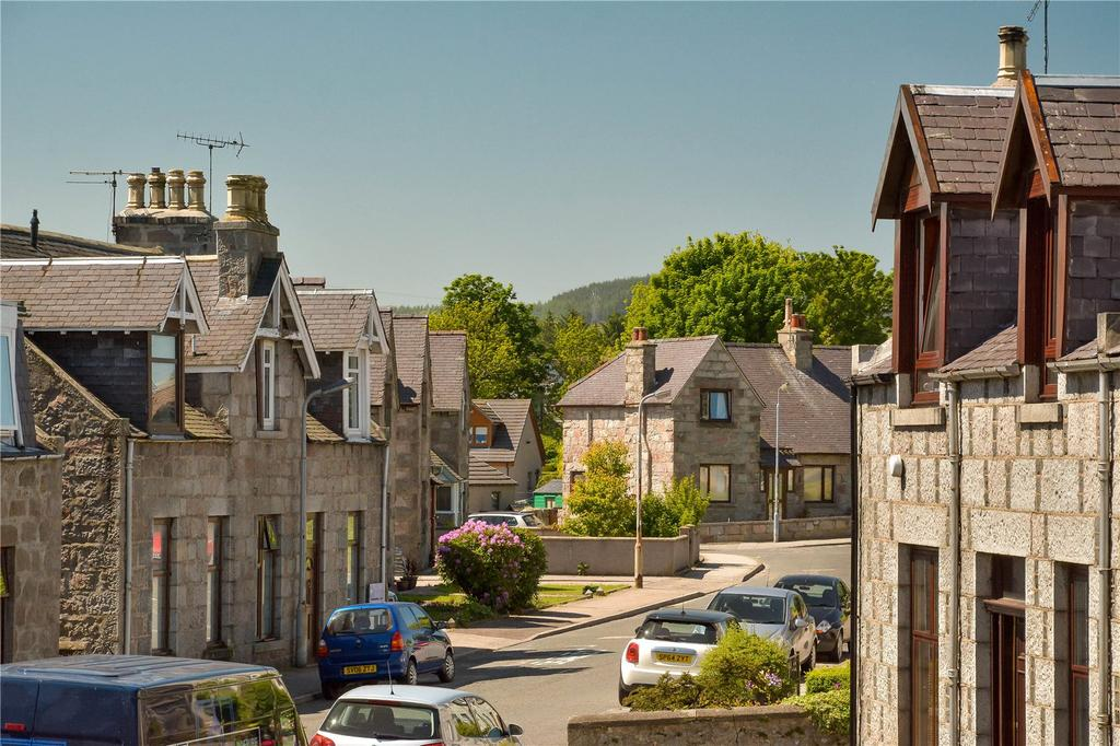 2 Bedrooms Apartment Flat for sale in 5A Falconer Place, Inverurie, Aberdeenshire, AB51