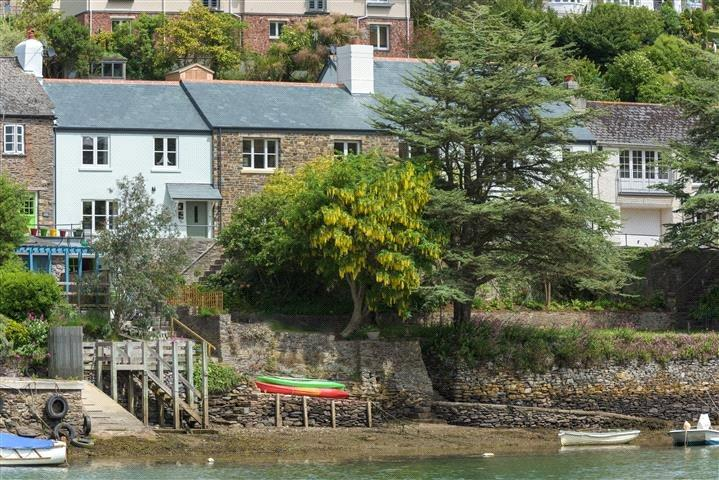 3 Bedrooms House for sale in Riverside Road East, Newton Ferrers, Plymouth, Devon, PL8