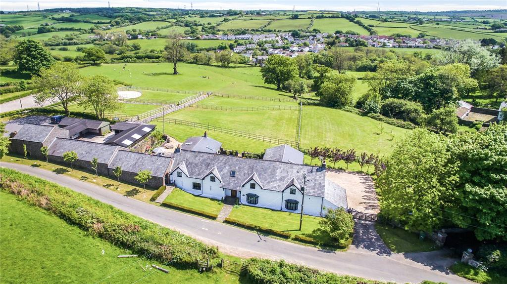 5 Bedrooms Equestrian Facility Character Property for sale in Ystradowen, Nr Cowbridge, Vale Of Glamorgan, CF71