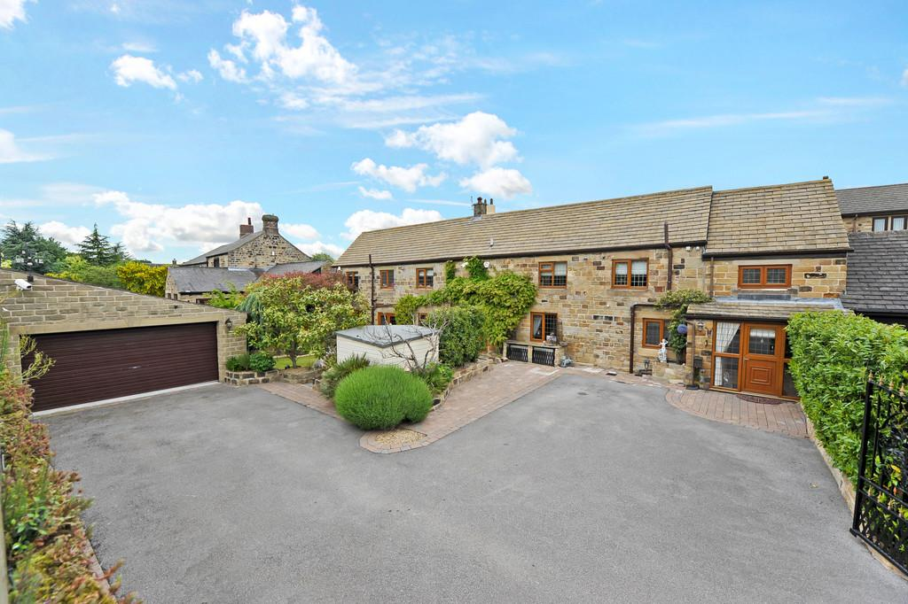 3 Bedrooms Barn Conversion Character Property for sale in Back Lane, Billingley, Barnsley