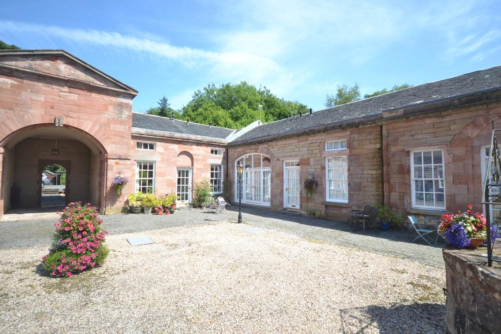 2 Bedrooms Cottage House for sale in 7 The Stables, Symington, KA1 5PH