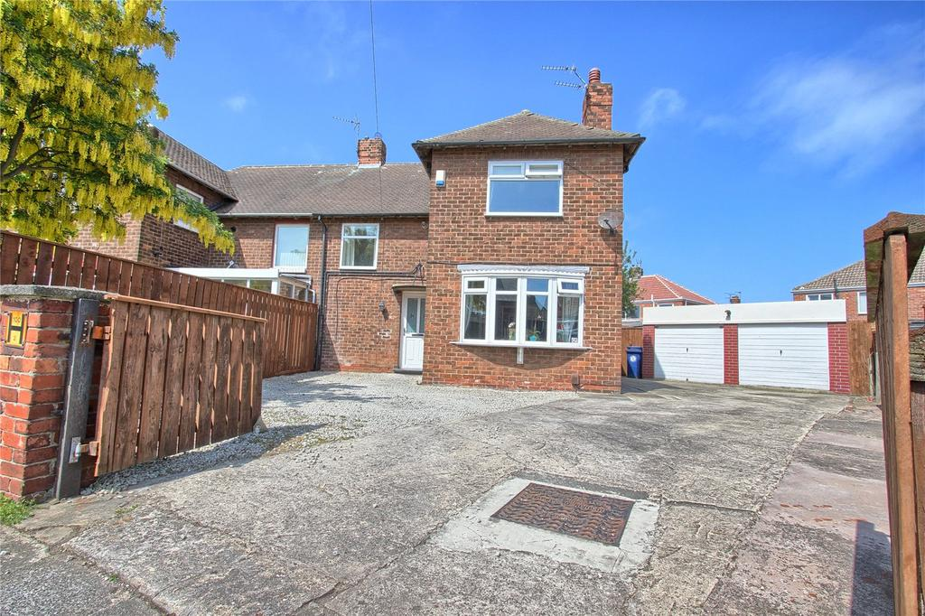 3 Bedrooms Semi Detached House for sale in Kildale Grove, Redcar