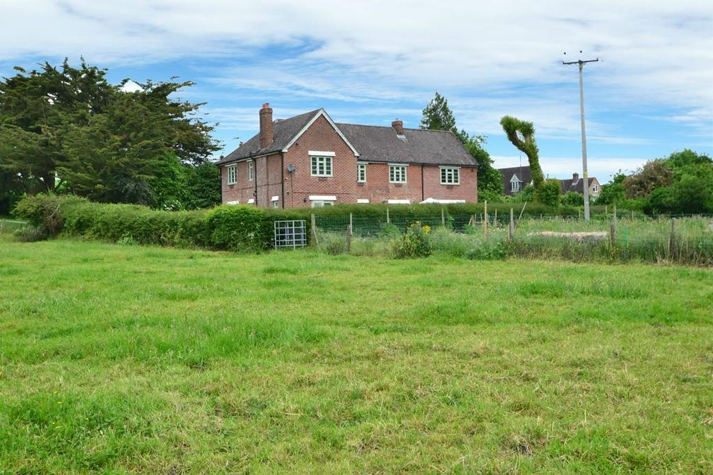 5 Bedrooms Detached House for sale in Broad Chalke