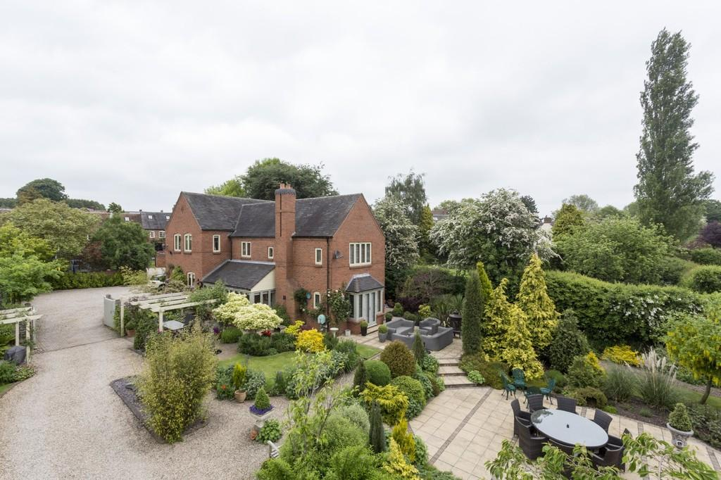 5 Bedrooms Detached House for sale in Main Street, Smisby