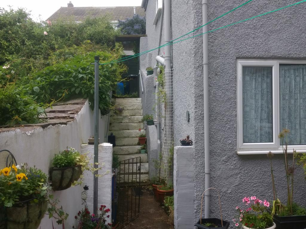 2 Bedrooms Maisonette Flat for sale in 5A Green Bank, Ulverston