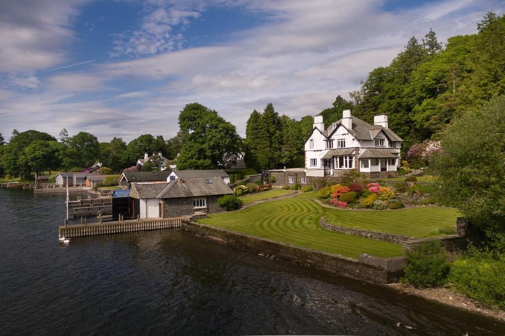 5 Bedrooms Detached House for sale in Storrs Holme, Storrs Park, Bowness On Windermere, Cumbria, LA23 3JG