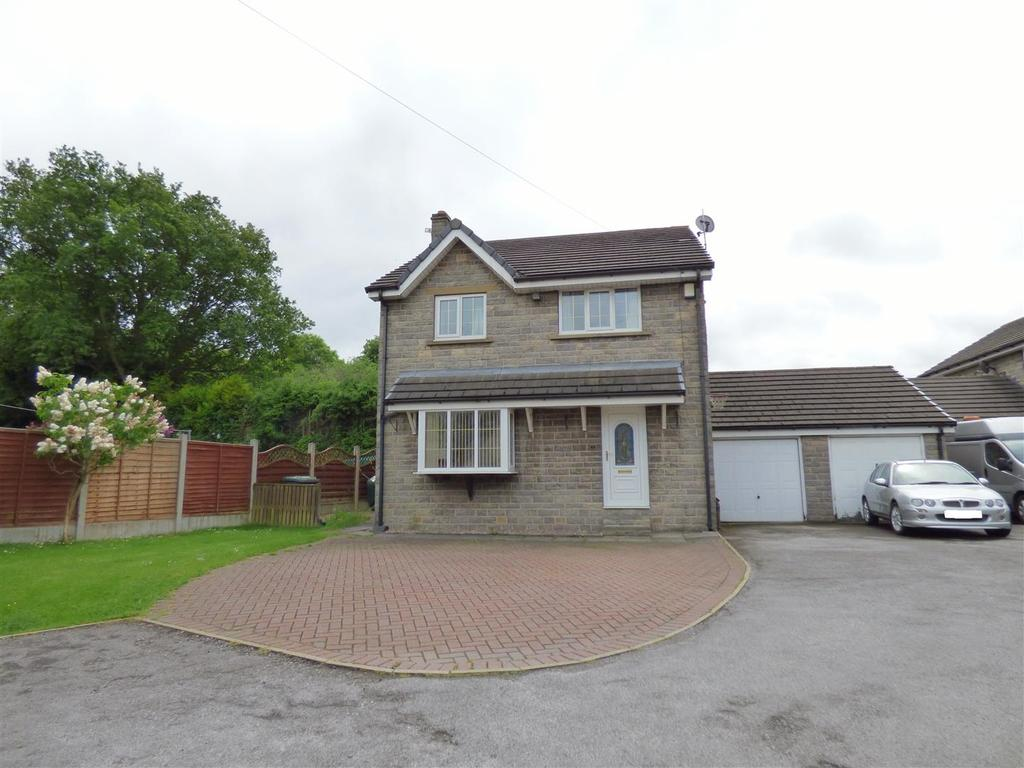 4 Bedrooms Detached House for sale in Francis Close, Wyke, Bradford