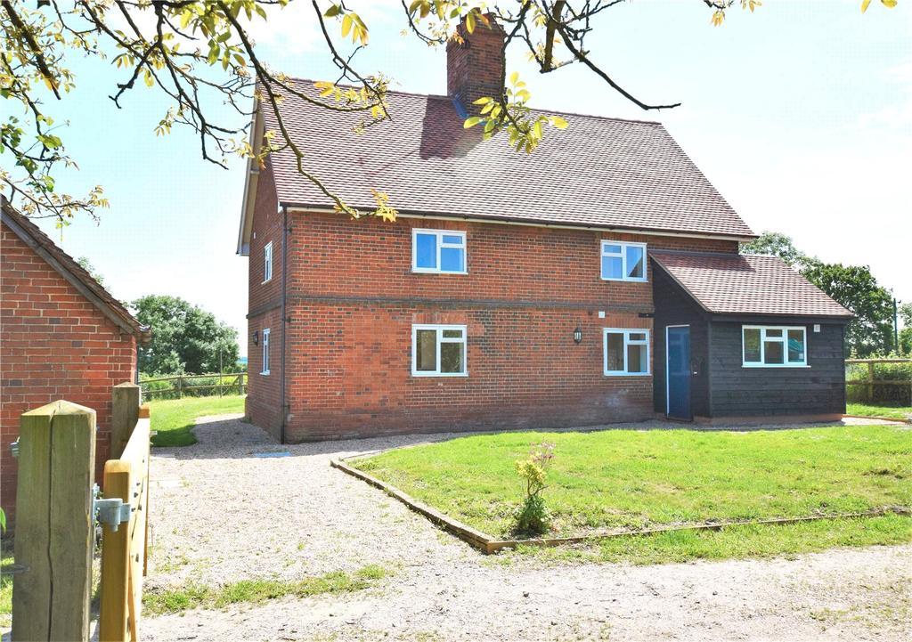 4 Bedrooms Detached House for rent in Nightingale Lane, Mortimer, Berkshire, RG7