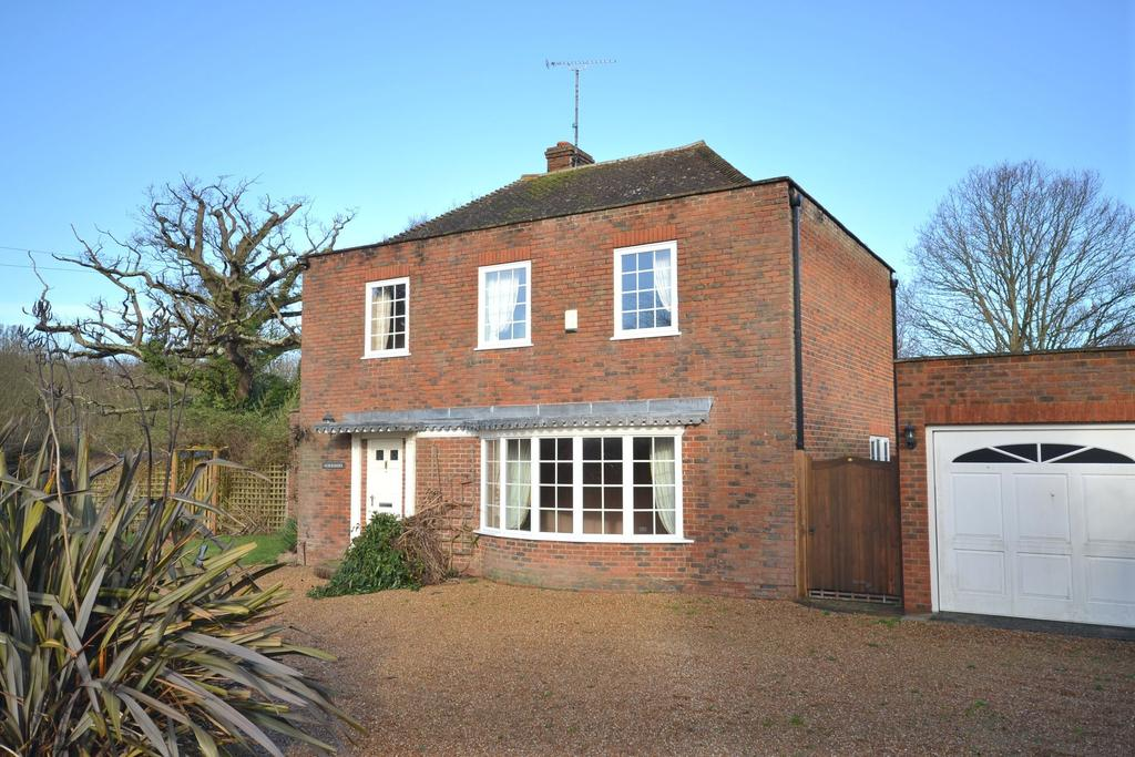4 Bedrooms Detached House for sale in Rolvenden Layne, TN17