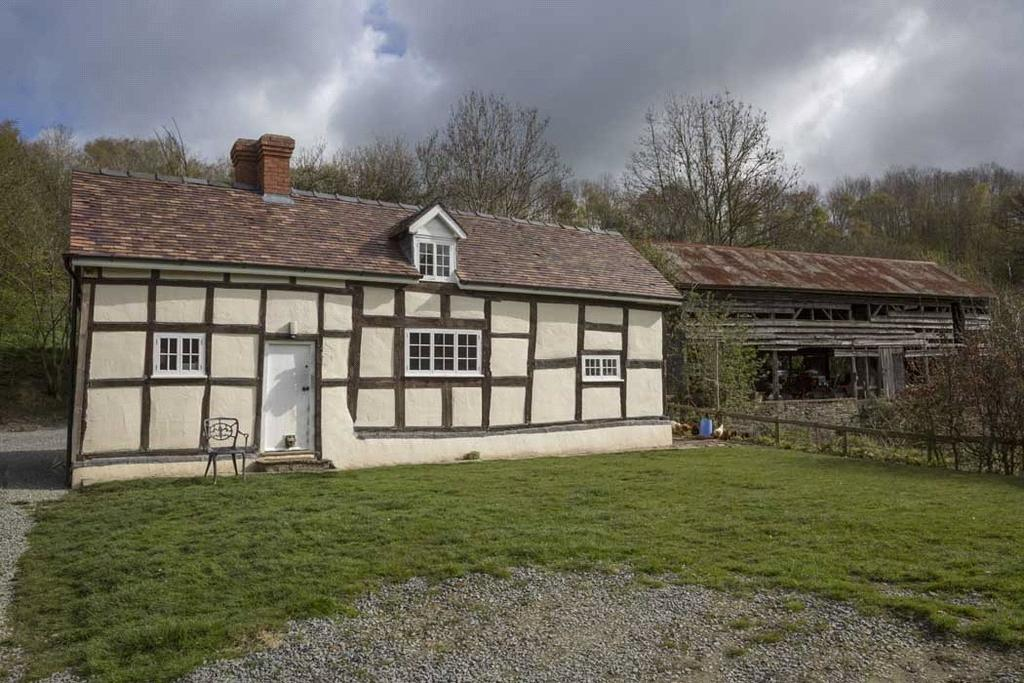 2 Bedrooms Farm House Character Property for sale in Deerfold, Birtley, Bucknell, Herefordshire, SY7
