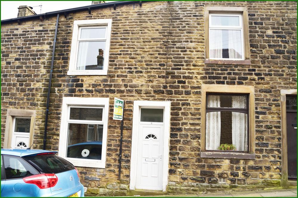 3 Bedrooms Terraced House for sale in 6 Edmondson Street, Barnoldswick BB18 6EY