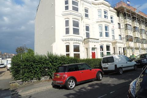 2 bedroom flat to rent - Exmouth Road, Stoke