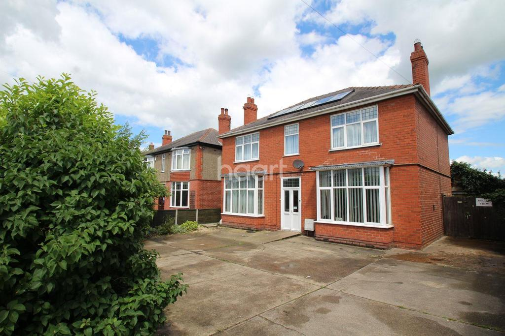 4 Bedrooms Detached House for sale in Willingham Road, Market Rasen, Lincoln, LN8
