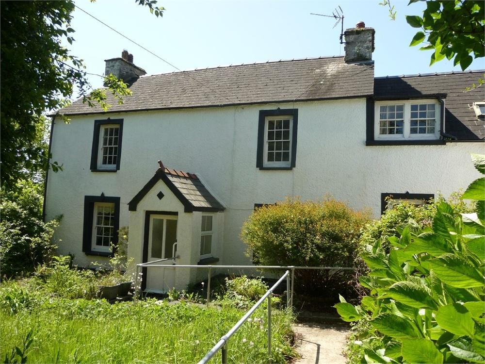 7 Bedrooms Detached House for sale in Dyffryn House, St Davids Place, Goodwick, Pembrokeshire